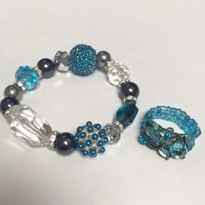 Beaded bracelet and ring set